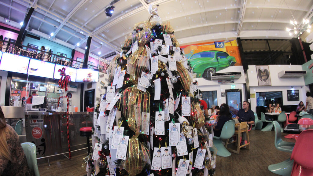 Christmas Angel Tree (9)